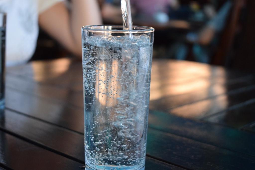便秘とサヨナラして毎日すっきりするための水分の摂り方