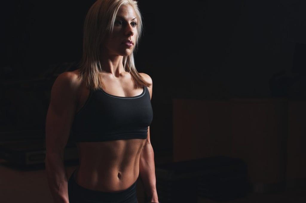 女性がダイエットのために筋トレをする効果とは?筋トレダイエットの盲点